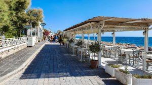 Promenade in Kamari is over 1 km long
