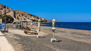 Umbrellas and loungers on Vourvoulos Beach