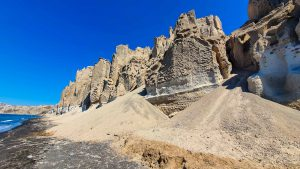 Rock formations on Vlychada Beach